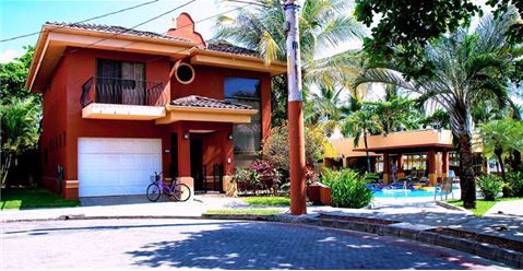 house in jaco